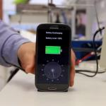 30秒でバッテリー満タン!? 2年後の発売が待ち遠しすぎるスマホ充電器